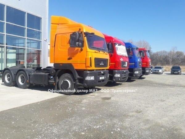 Седельный тягач МАЗ 6430С9-520-020